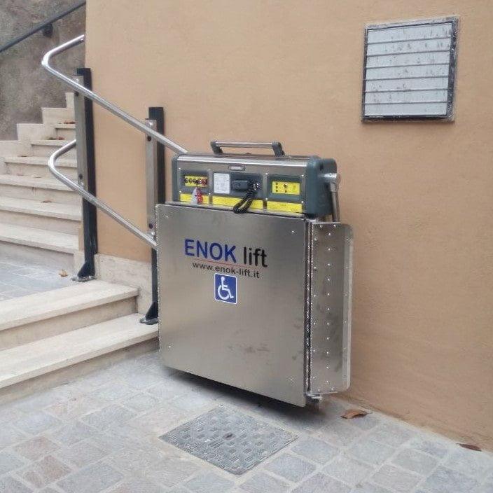 servoscala a pedana enok - modello rebecca - per esterni